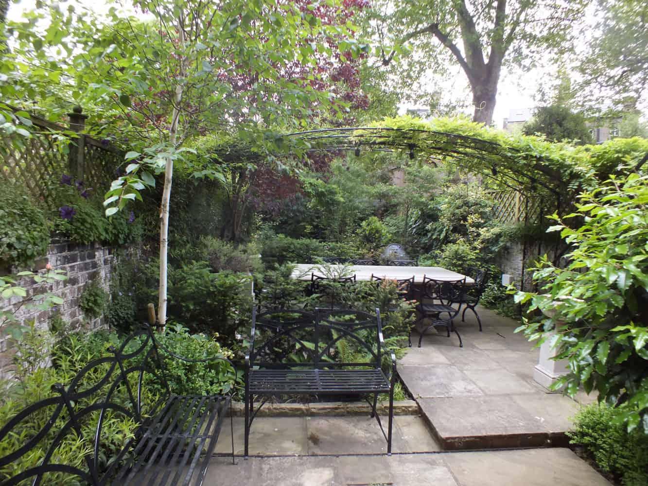 Aralia Garden Design wins a Gold Award